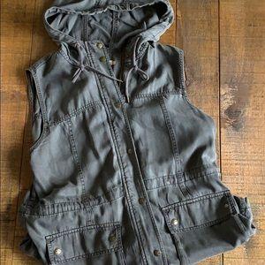 Jean zip up vest